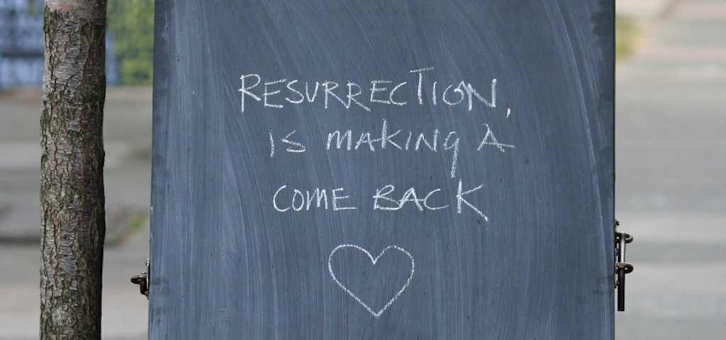Easter chalkboard feature image